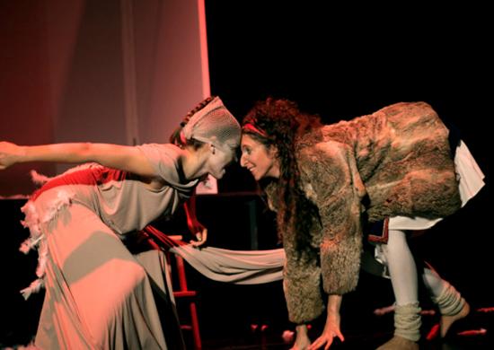 theater-anu-traumzeit-im-schatten-grosser-fluegel-23