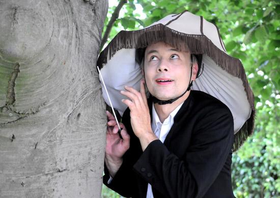 Stefan Emde als Anyo in MoraLand von Theater Anu